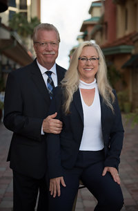 Photo of Terry and Laurie Carlson