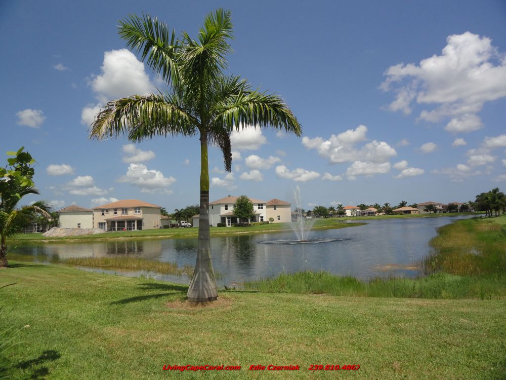 Coral Lakes Home